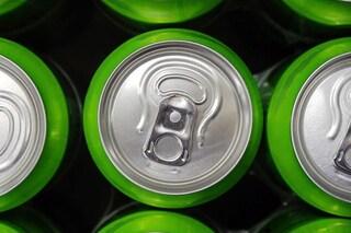 Una bibita dietetica al giorno triplica il rischio di ictus e demenza: bevi acqua, è meglio