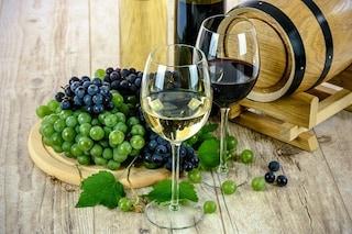 Il vino attiva il cervello più della matematica: magari!