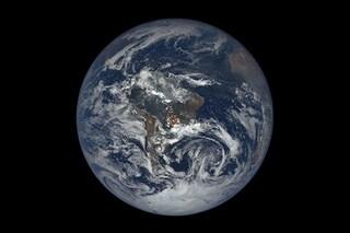 NASA: cosa sono i lampi di luce che compaiono all'improvviso nella nostra atmosfera