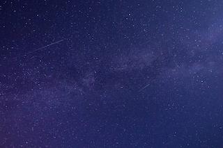 Stelle cadenti, congiunzioni astrali e Saturno: lo spettacolo del cielo notturno di maggio