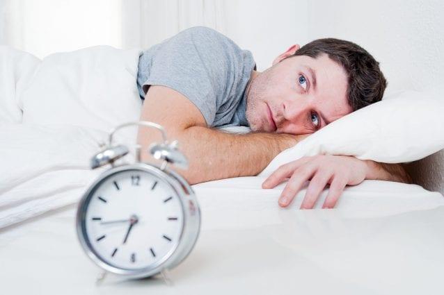 Dormire male cambia l'organismo.