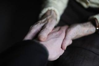 Alzheimer, farmaci antivirali riducono il rischio: nuove prove legano demenza all'herpes virus