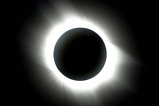 Eclissi totale in arrivo: come e dove osservare l'evento astronomico del secolo