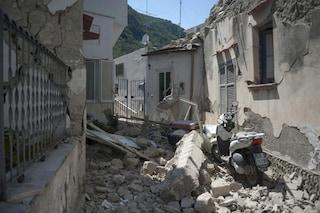"""Il terremoto di Ischia è stato """"ibrido"""". La differenza tra eventi tettonici e vulcanici"""