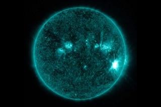 La super macchia solare è ricomparsa e minaccia la Terra: a rischio comunicazioni e GPS