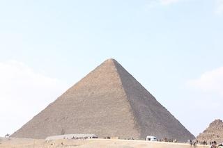 Piramide di Giza, svelato il mistero millenario della costruzione grazie a un papiro