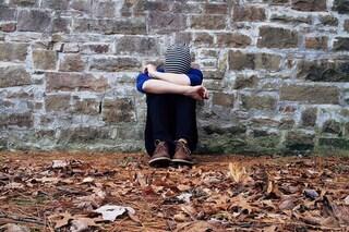 Chi ha difficoltà a relazionarsi rischia problemi di salute fisica e mentale: troppo stress