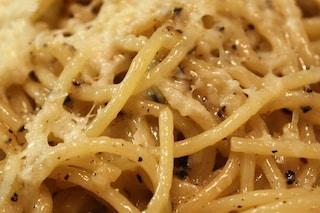 I carboidrati a cena si possono mangiare e non fanno ingrassare: ecco le regole da seguire