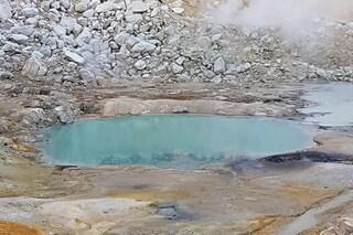 Pioggia di meteoriti ha colpito la Terra ed è nata la vita: le nostre origini negli stagni