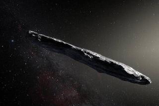 Un'astronave a forma di sigaro spedita dagli alieni per spiarci: cos'è davvero Oumuamua