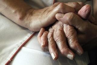 Alzheimer, scoperta 'italiana' rivoluzionaria: trovato il meccanismo che blocca la memoria