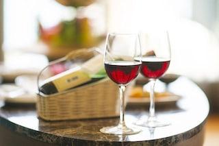 Perché il vino rosso protegge i nostri denti