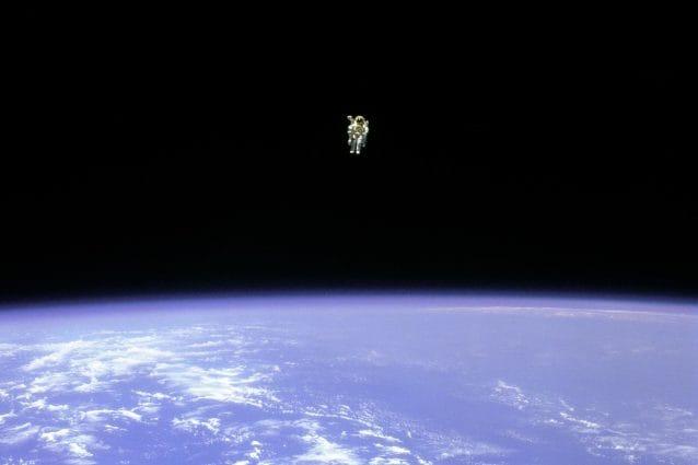 Bruce McCandless durante la 'skywalk'.
