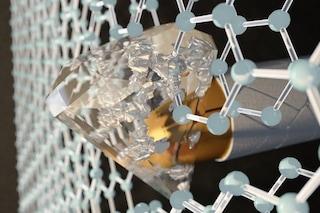 Super diamene in arrivo: è il materiale più duro del diamante e più forte dei proiettili