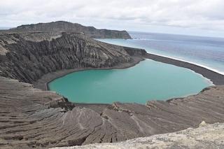 Nascita e crescita di un'isola in 'diretta': Hunga Tonga è emersa 3 anni fa dopo un'eruzione