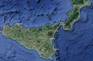 Perché la Sicilia si sta allontanando dalla Calabria: scoperta 'finestra' sotto il Mar Ionio