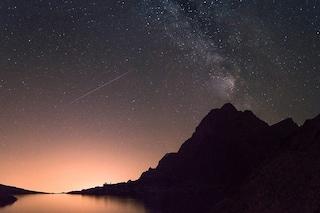 Le Geminidi illuminano il cielo di dicembre: quando e come osservare la pioggia di meteore