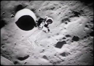 Città aliene sulla Luna, la foto è vera, l'urbanizzazione no