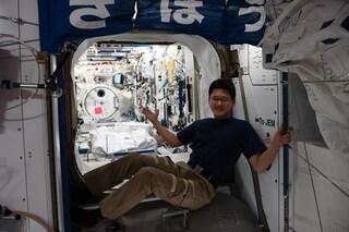 """""""Sono cresciuto di 9 cm nello spazio"""": l'annuncio choc dell'astronauta Kanai è una bufala"""