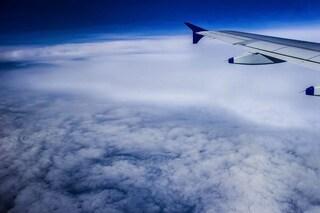 I virus 'piovono' dal cielo: così viaggiano nell'atmosfera e si depositano su di noi