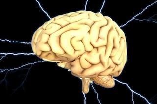 Il coronavirus può provocare seri danni al cervello anche quando i sintomi respiratori sono lievi