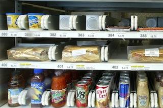 Quali cibi aumentano il rischio cancro: cosa mangiare ed evitare