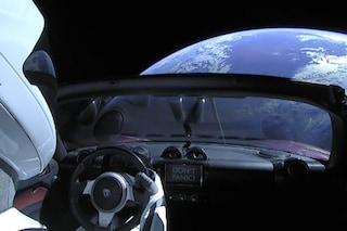 Il razzo più potente del mondo e una Tesla sono nello spazio: Musk vuole portarci su Marte