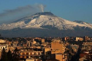 Etna, dalla faglie esce radon, un gas cancerogeno: allarme INGV, ecco i rischi