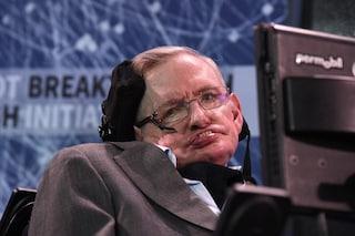 Chi era Stephen Hawking, l'astrofisico che non si è mai arreso di fronte alla malattia
