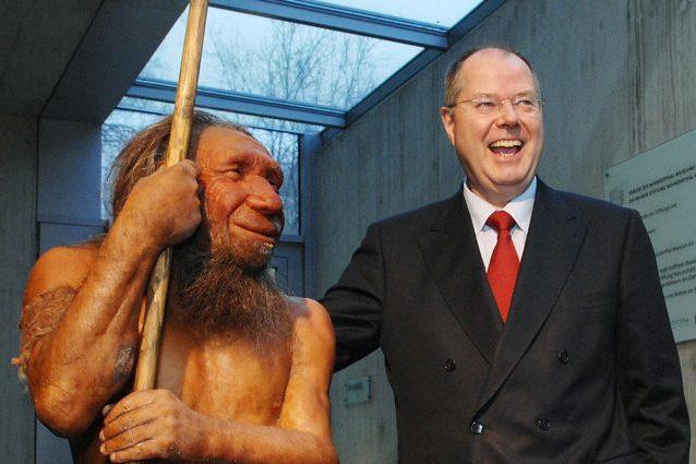 Ricostruzione di un uomo di Neanderthal