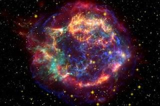 Misteriose esplosioni bollenti nello spazio: sono decine, enormi e calde 30mila gradi