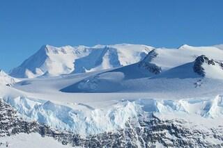 Il mondo segreto dell'Antartide: catene montuose e valli nelle profondità del Polo Sud