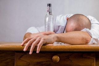 Arriva la pillola anti-sbronza: addio mal di testa e nausea