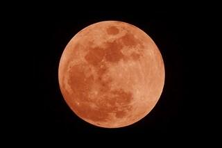 L'eclissi di Luna più lunga del secolo: come e quando godersi lo spettacolo di 'sangue'