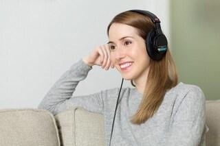 Se ripeti una frase tante volte, diventa una canzone: gli effetti dell'illusione auditiva