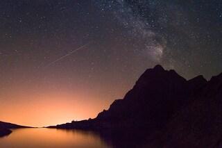 Fiammate nel cielo, danza dei pianeti e congiunzioni astrali: il cielo di agosto dà spettacolo