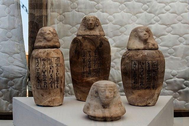 vasi per la mummificazione