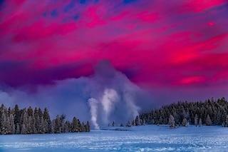 I geyser del Parco di Yellowstone non nascono da un supervulcano: svelato il segreto