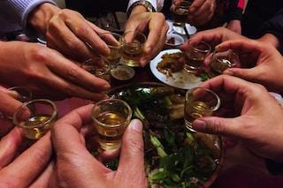 Binge drinking tra adolescenti: rischio dipendenza da alcol per i più giovani