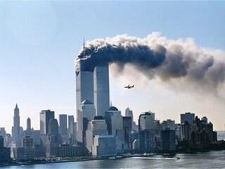 Cinque bufale sull'attentato dell'11 settembre a cui continuiamo a credere: adesso basta