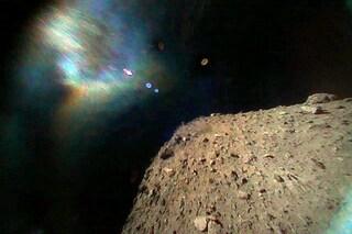 Le prime immagini dell'asteroide Ryugu, raggiunto da due rover giapponesi: traguardo storico