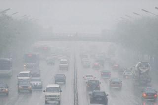 Smog, asma e bambini, 4 milioni di malati in più ogni anno per colpa dell'inquinamento