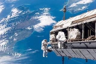 Scoperti batteri resistenti agli antibiotici sulla ISS: cosa rischiano gli astronauti