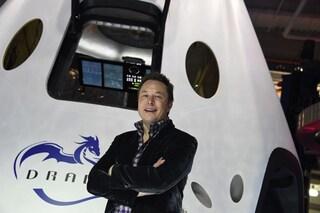 """Elon Musk vuole trasferirsi su Marte: """"70% di probabilità"""". Viaggi possibili tra 7 anni"""