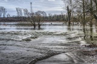 Inquinamento, coste del Mediterraneo 'sotto attacco': così rischiamo le inondazioni