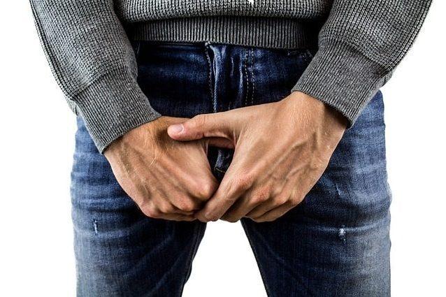 controlla la dimensione del pene
