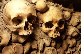 Cos'è il kuru, la mortale malattia dei cannibali mangiatori di cervello umano