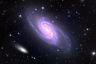 """La cometa di San Valentino """"danza"""" con una splendida galassia: come e dove vedere il duetto"""