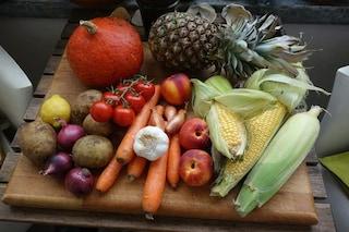 Pesticidi su frutta e verdura in Italia, tracce sul 34% dei prodotti: ecco i rischi