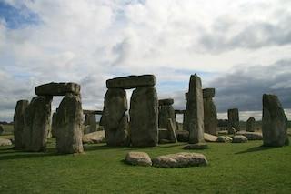 """Stonehenge, svelato il mistero delle """"pietre blu"""": da dove e come sono state trasportate"""